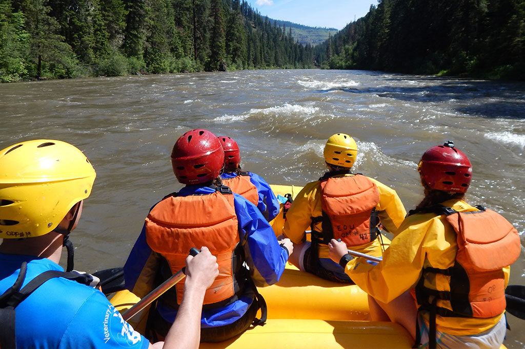 Students rafting with the Outdoor Adventure Program at Eastern Oregon University
