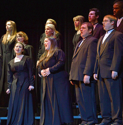 2013-Choirs-of-the-Valley-Chamber-Choir-web-crop