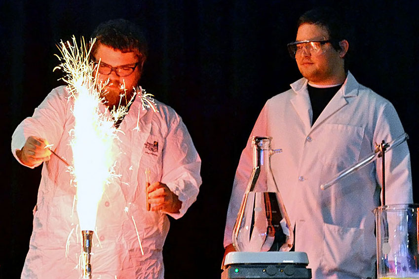 EOU Chemistry Club wins ACS Outstanding Award