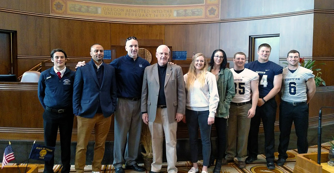 EOU student athletes with Senator Hansell