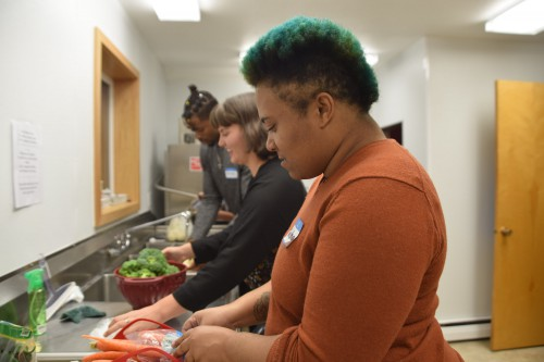Cooking Matters class EOU student