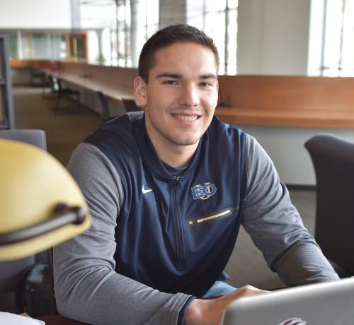 Tech training expert visits campus