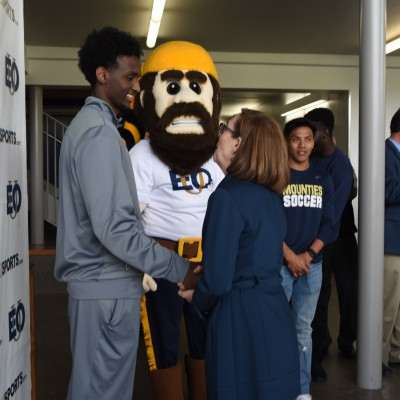 Gov KB greets EOU student-athletes