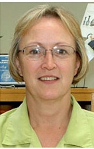 Shirley Roberts  EOU librarian wins Distinguished Service Award
