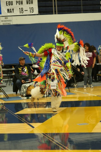 48th annual pow wow recognizes grads