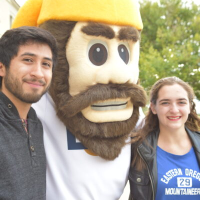 Transfer students thrive at EOU, online and on campus