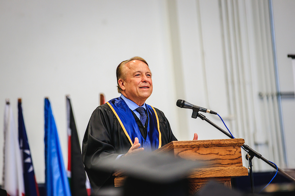 Picture of Richard Chaves speaking at the 2019 Commencement Ceremony