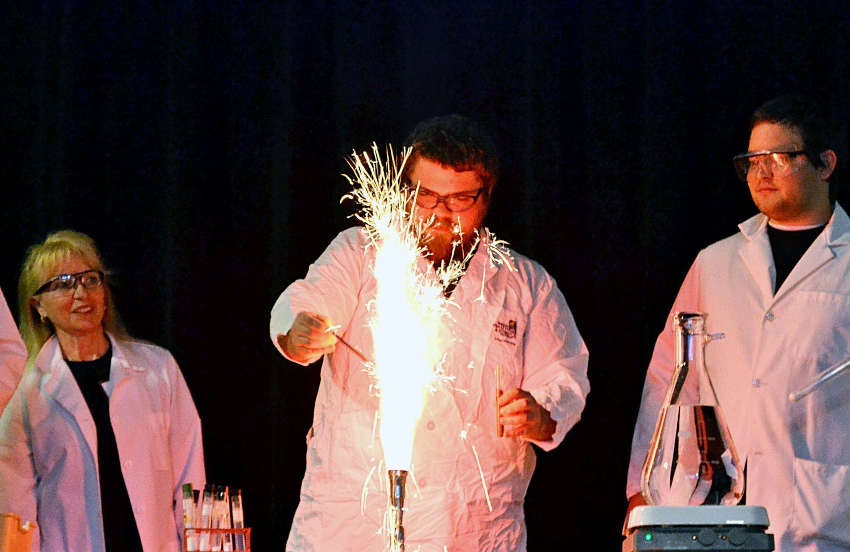 Chemistry Students participate in a Chem Club Demonstration at EOU