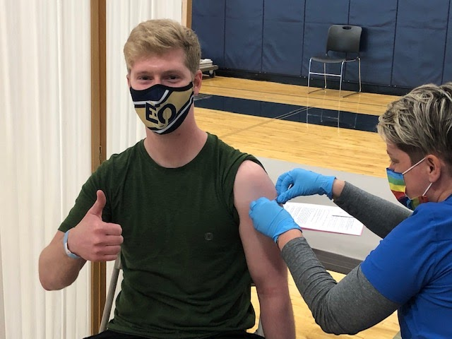 Student getting vaccinated